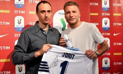 Un attaccante e un writer: Immobile incontra Jorit Agoch