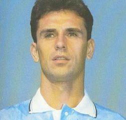 L'ex centrocampista della Lazio