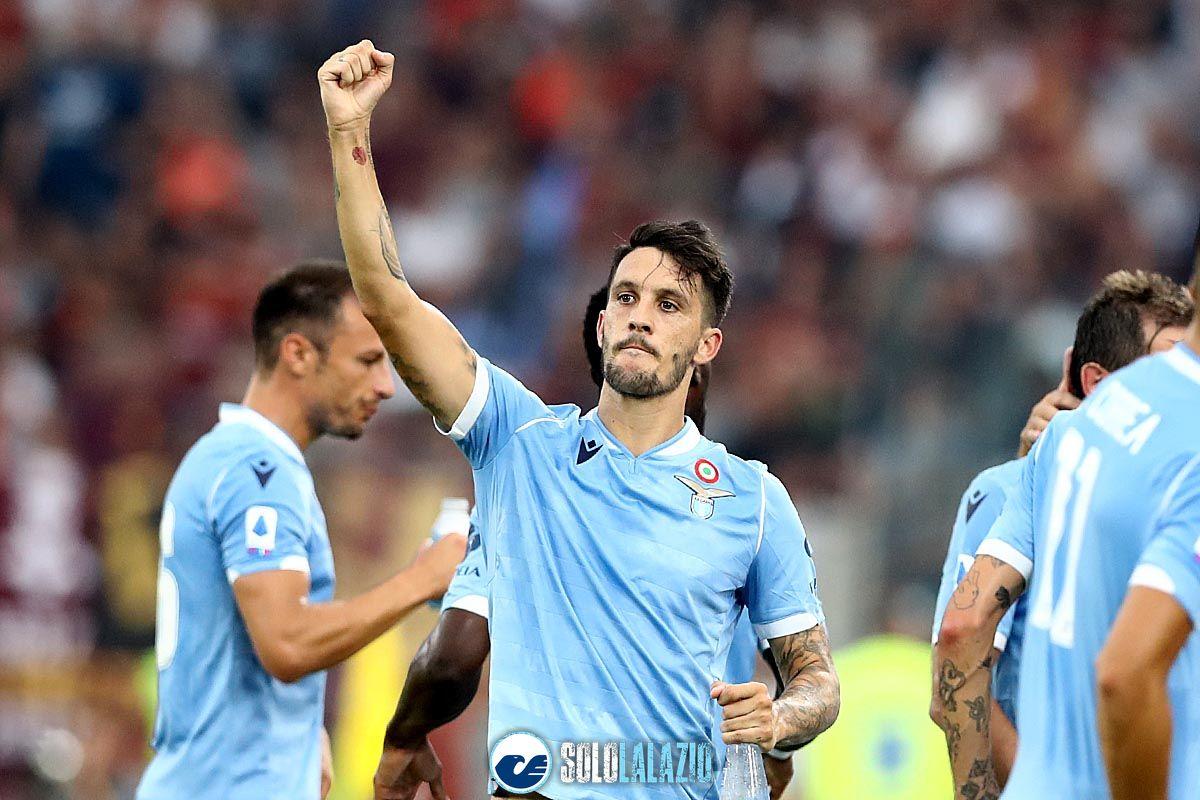Lazio - Roma, esultanza Luis Alberto