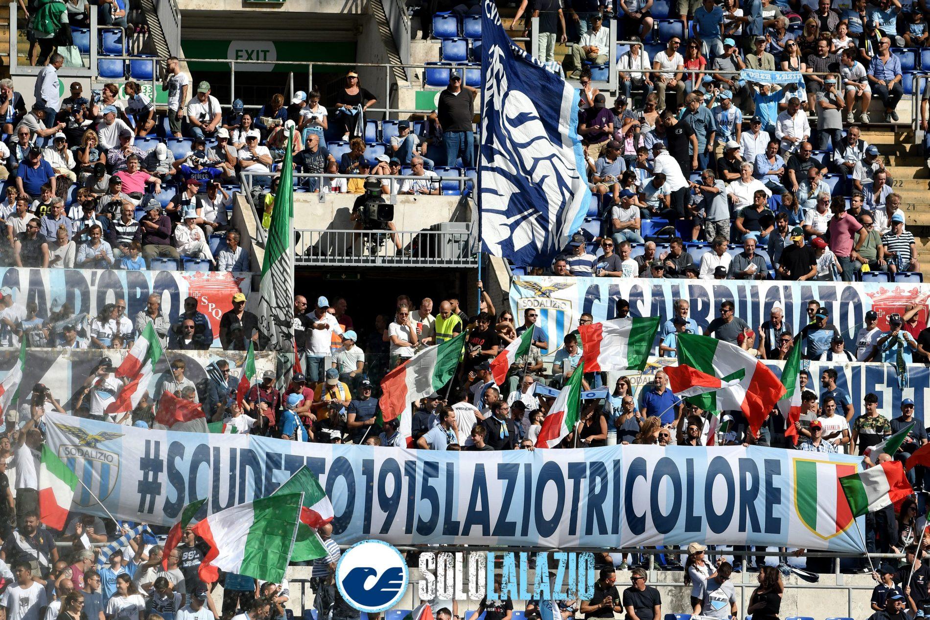Lazio - Genoa, striscione Scudetto 1915