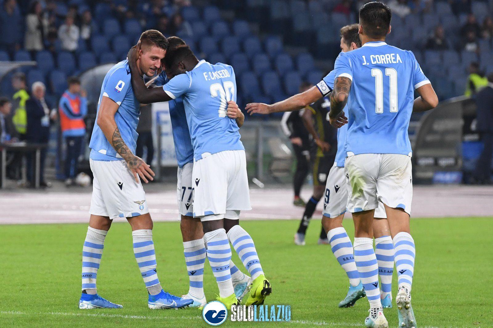 """La dannazione della Lazio. Leggo: """"Problemi di mira"""""""