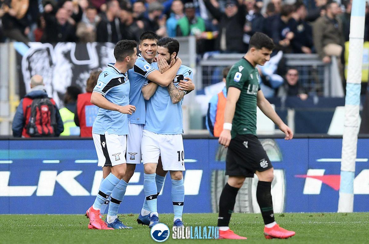 """Il Messaggero: """"La Lazio torna in vetta dopo 20 anni"""""""