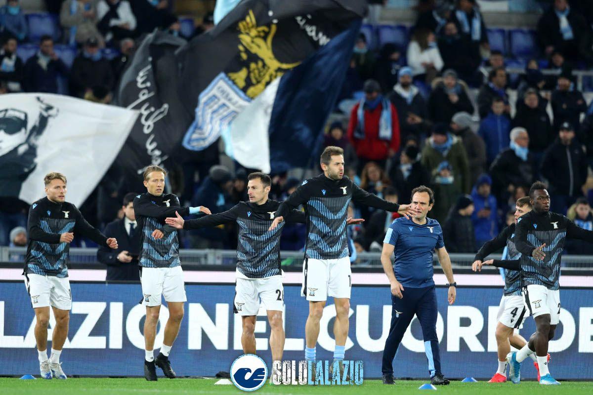 Lazio - Parma, riscaldamento squadra