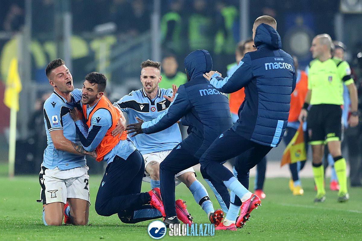 Lazio - Inter, esultanza gol Milinkovic