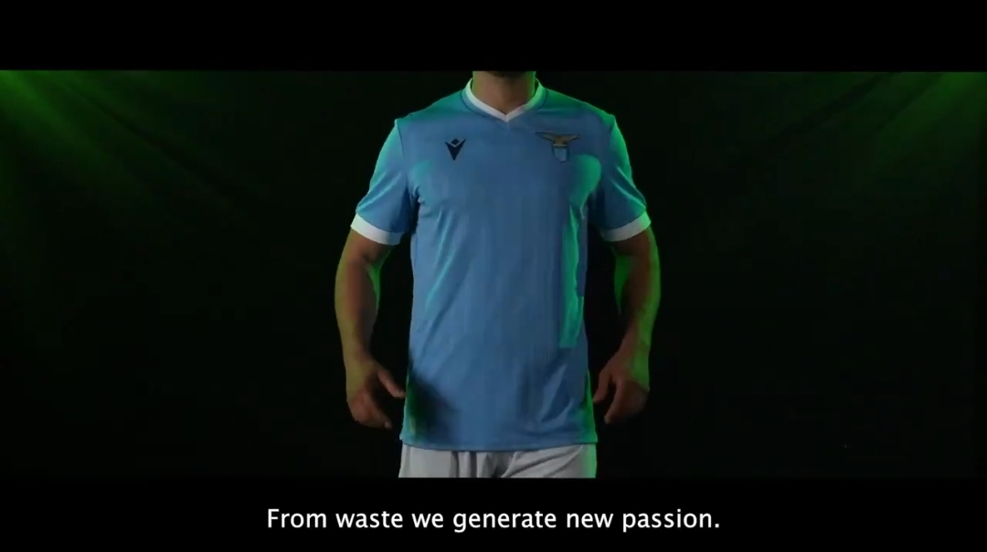 Lazio, presentata la nuova maglia (FT) - Solo la Lazio